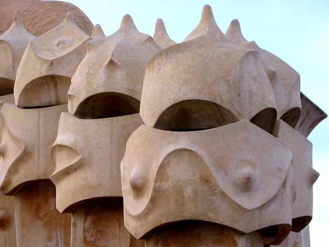 Barcelona: Dach der Casa Milà